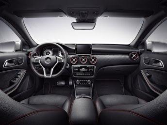 Invista na Aurum Villas a partir de R$1.443.315,61, ganhe uma Mercedes-Benz A250 Sport! Interior