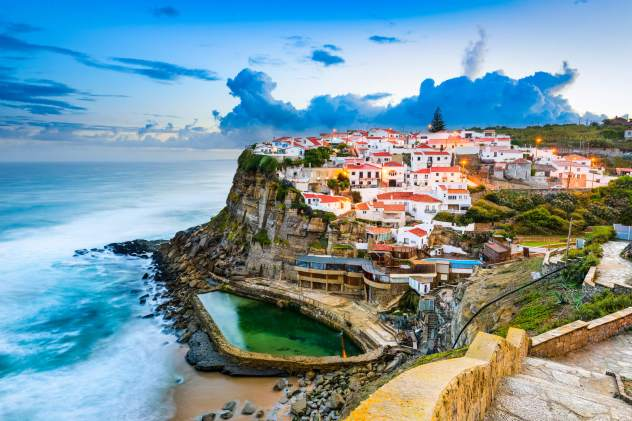 azenhas-do-mar-portugal